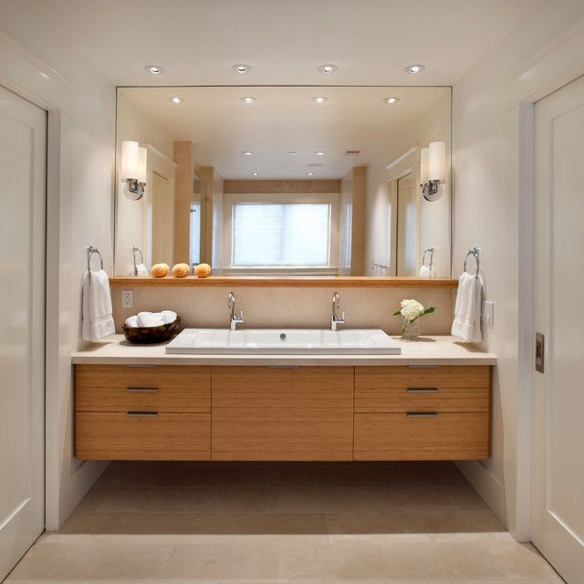 Stylish and classy floating bathroom vanity