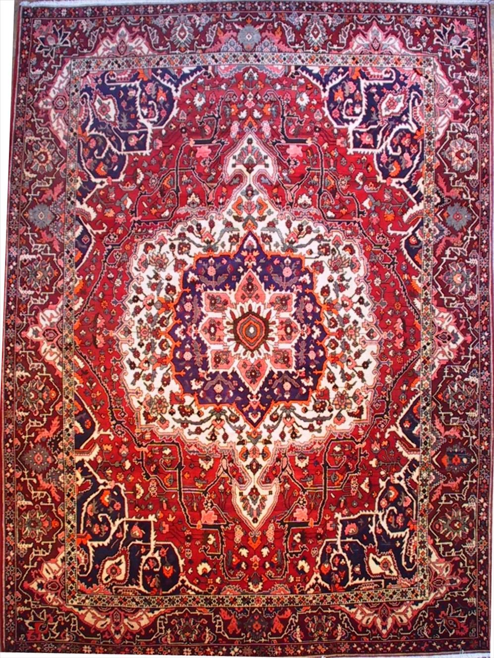 Amazing 684 Bakhtiari rugs - This Traditional rug is approx imately 10 feet 1 red persian rug