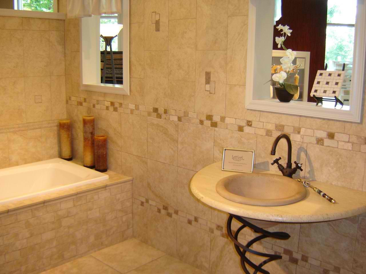Amazing Bathroom Tile Design Ideas For Small Bathrooms And bathroom tile design ideas for small bathrooms