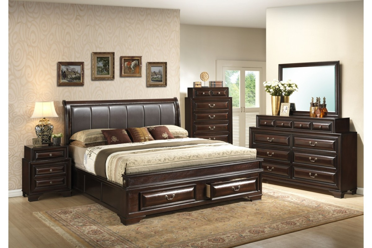 Decorate your large room with a king size bedroom set ...