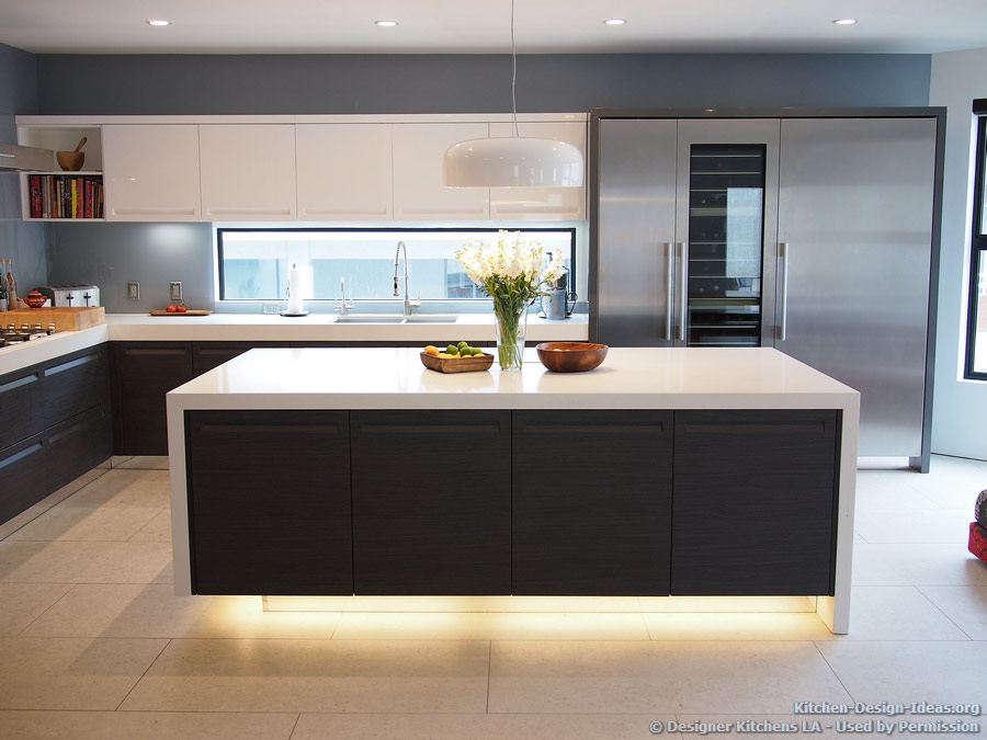 Amazing #Kitchen of the Day: Modern Kitchen with Luxury Appliances, Black u0026 White modern kitchen cabinet ideas