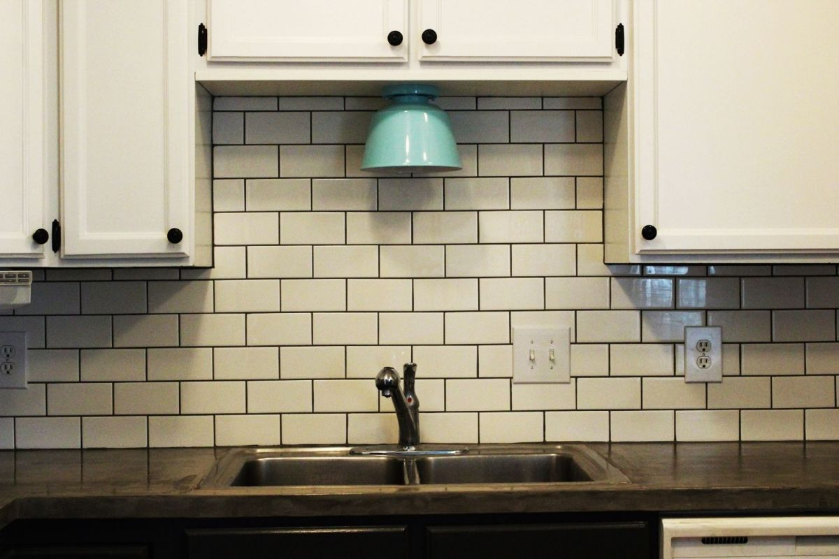 Amazing Modern Subway Tile Kitchen Backsplash subway tile kitchen backsplash