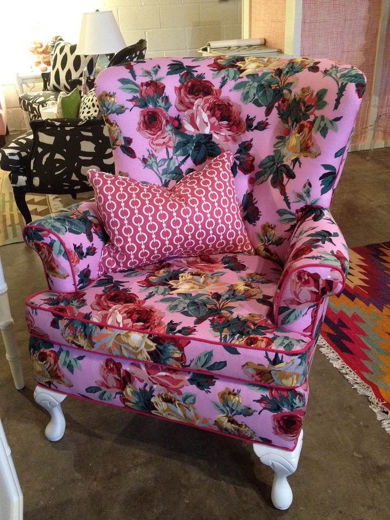 Amazing Shiny Floral Sofas Manufacturers floral sofas and chairs