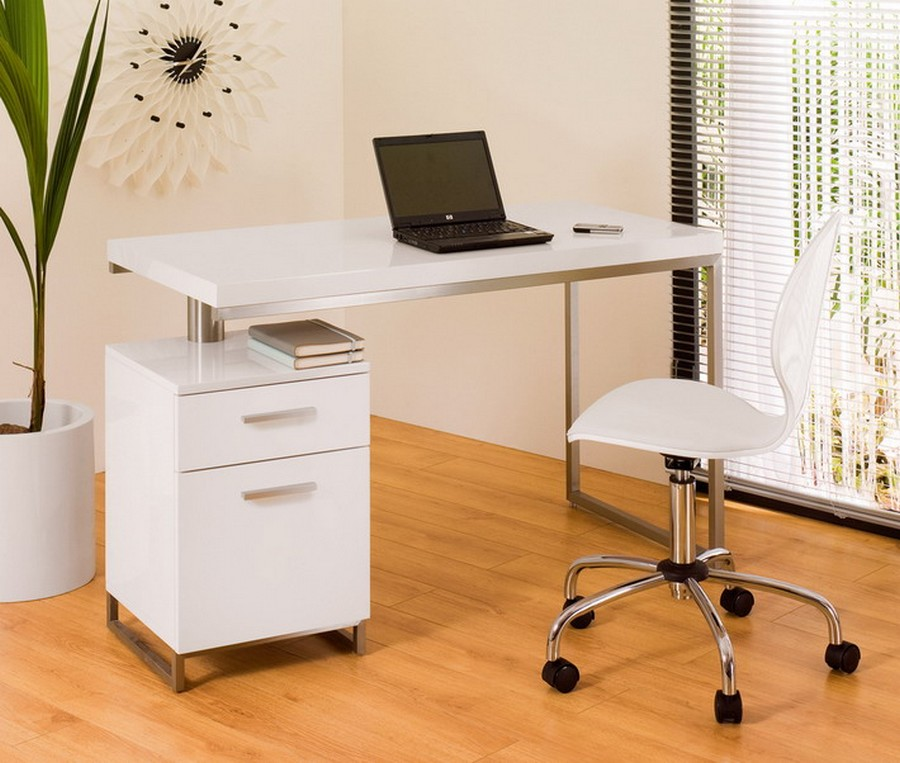 Exceptionnel Amazing White Small Home Office Desk Small Office Desks For Home