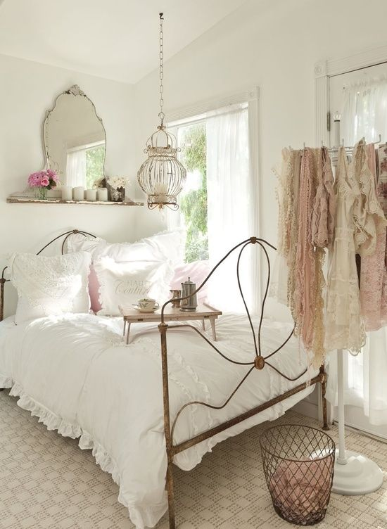 Awesome 45  vintage inspired bedroom ideas