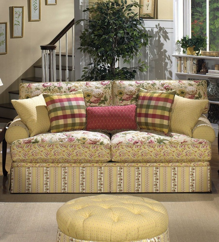 Awesome cottage floral sofa. Iu0027m getting so I just adore sofas  comprised of floral sofas