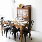 The classic and beautiful black dining room chairs