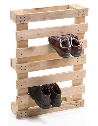Awesome shoe rack 29 Cool Recycled Pallet Projects: Reuse, Recycle u0026 Repurpose Old cool shoe racks