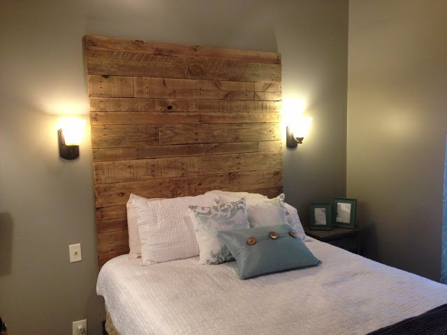 Beautiful 27 Incredible DIY Wooden Headboard Ideas diy wood headboard ideas