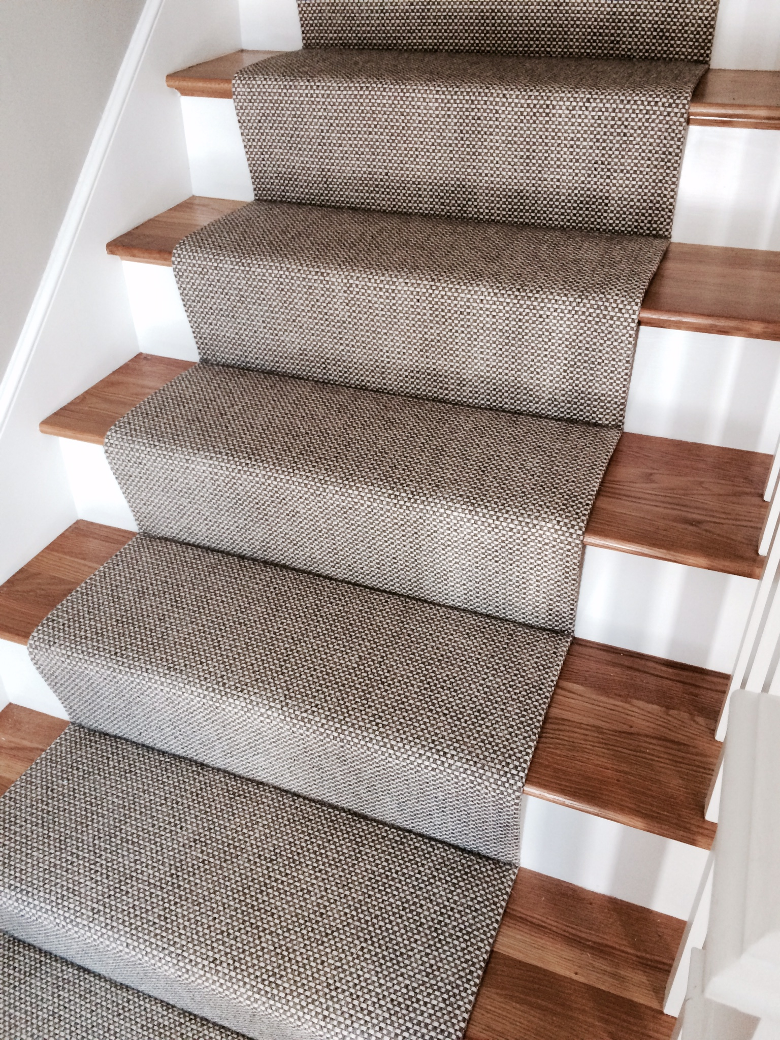 Indoor Outdoor Carpet Runners For Stairs - Outdoor Designs