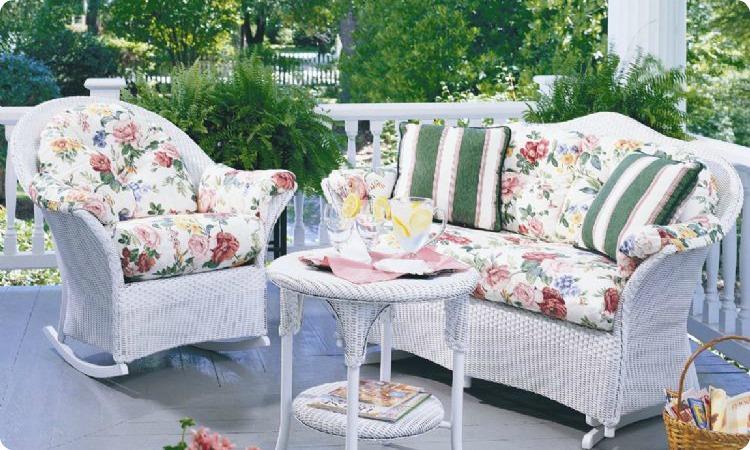 Beautiful ... Lloyd Flanders Keepsake Cushions ... wicker furniture cushions