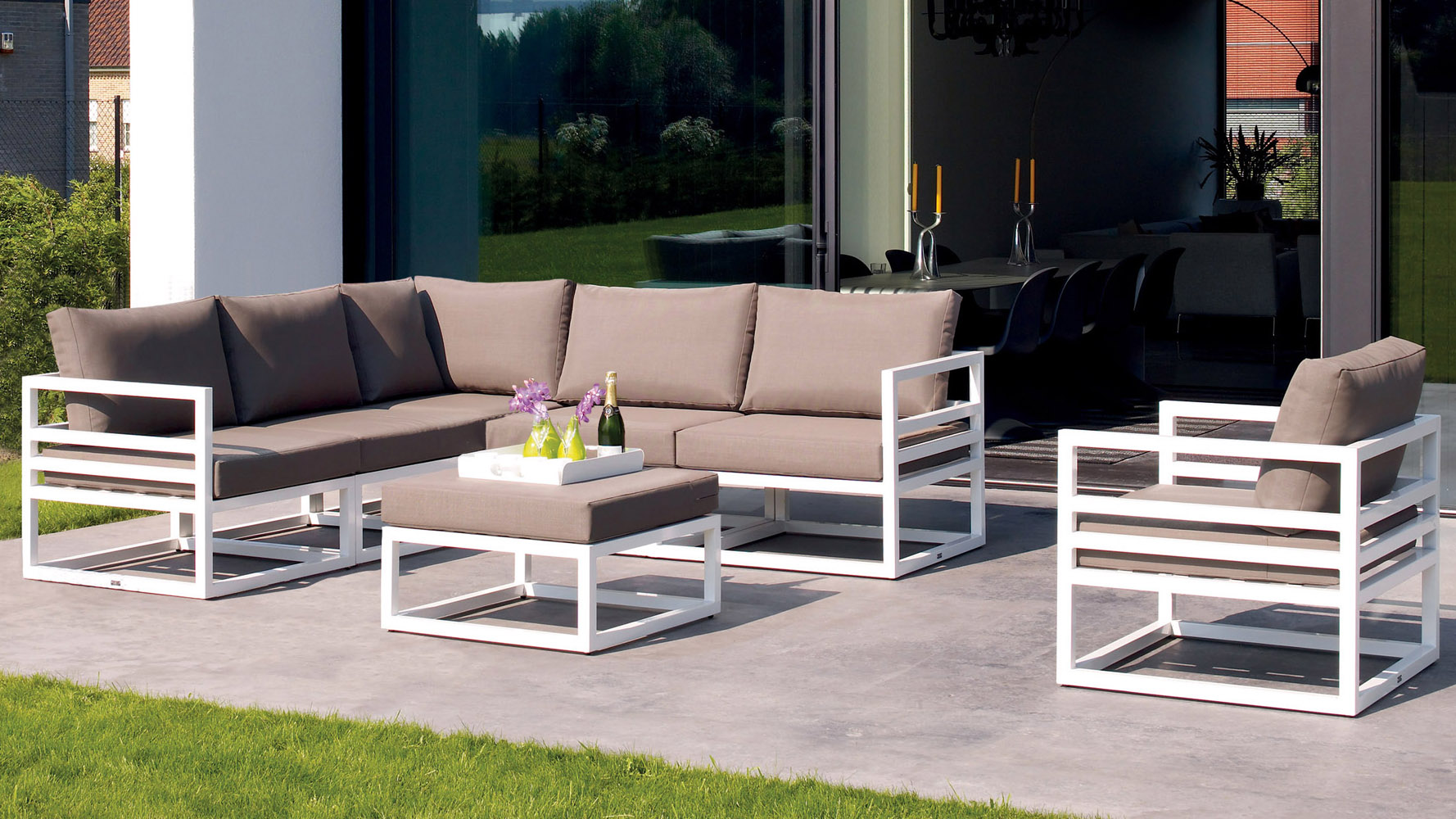 Beautiful outdoor living furniture - 7 outdoor living furniture