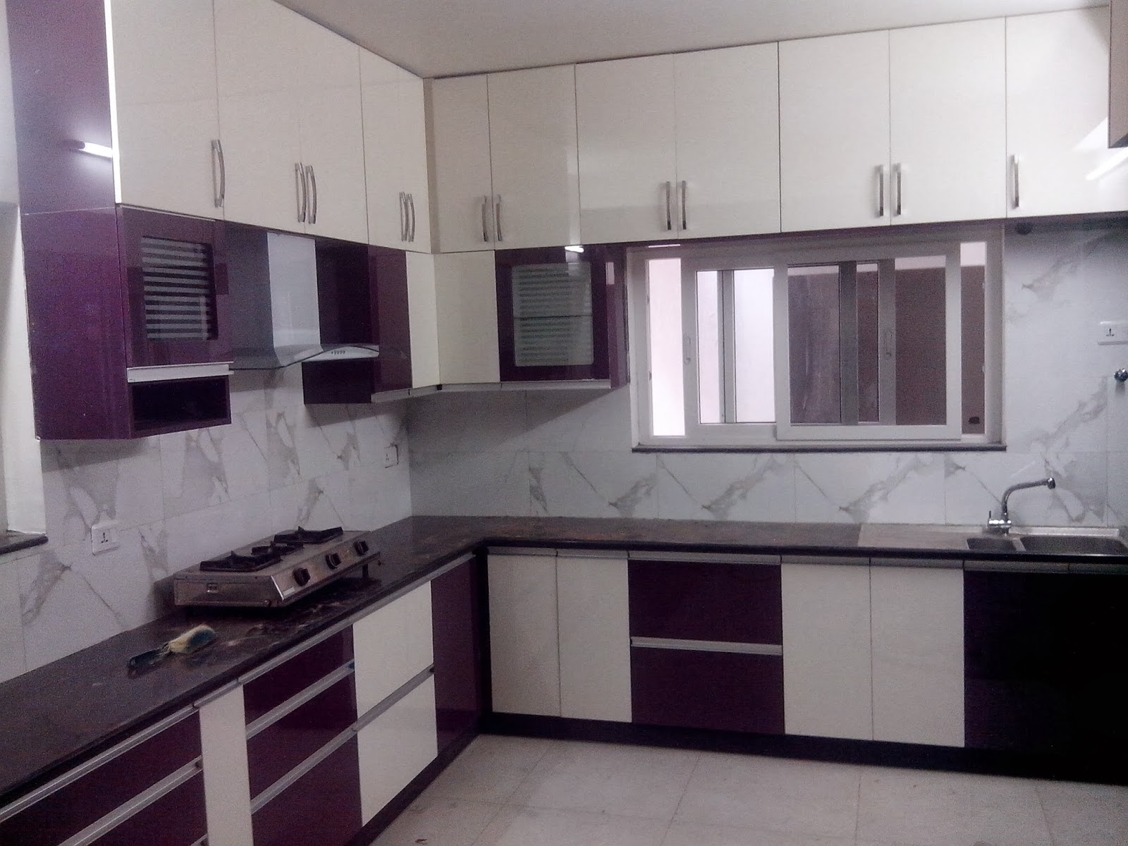 get an attractive cooking area with modular kitchens ForL Shaped Kitchen Design Ideas India
