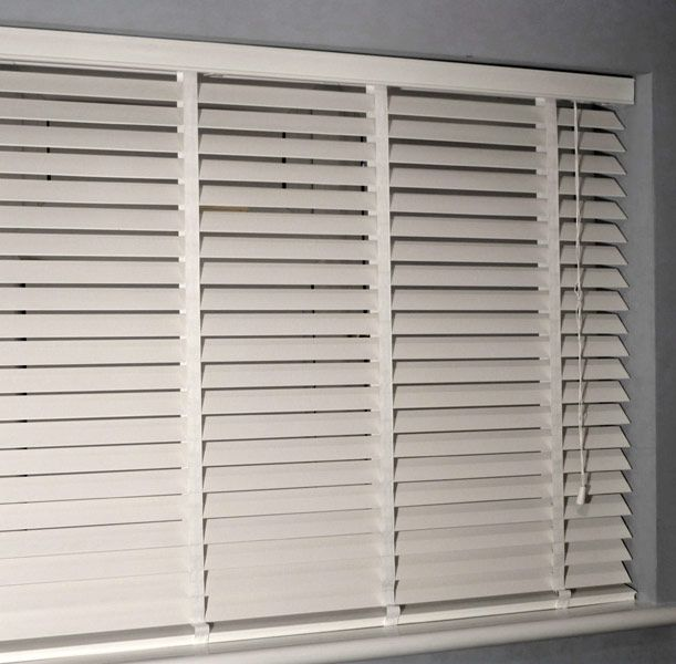 Beautiful Venetian Blinds | Wooden Venetian Blinds UK Technical Information -  Fittings white wooden blinds