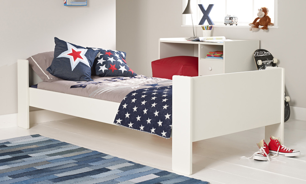 WIDE RANGE OF VARIETY OF BEDS FOR BOYS
