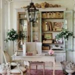 Easy ways to incorporate vintage home decor