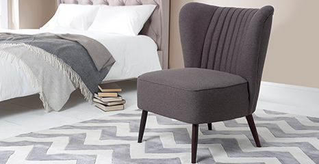 Small Bedroom Chairs For The Comfort In Your Bedroom