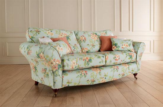 Best Floral and Spring Blossoms Printed Sofa floral sofas and chairs