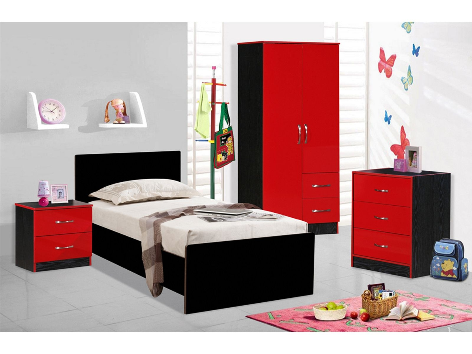 Create an exotic look to your bedroom with high gloss for Furniture markup