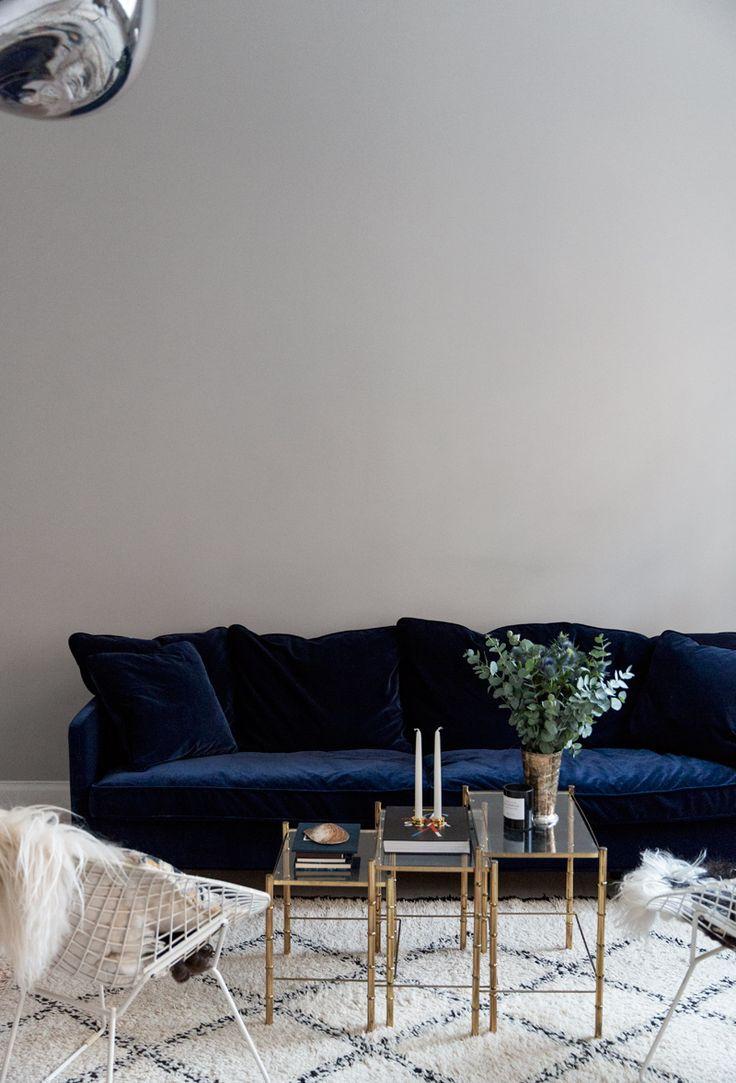 Best The Perfect Blue Velvet Couch navy blue velvet sofa