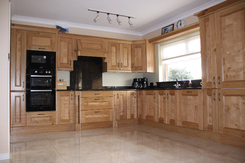 Chic Greenannstown Oak solid oak kitchens