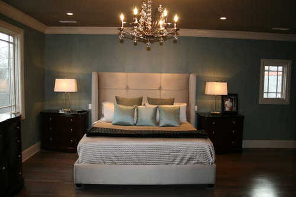 Nice Compact Classic Bedroom Decorating Ideas With High Headboard And Gold  Finished Chandelier Nightstand Lamps For Bedroom