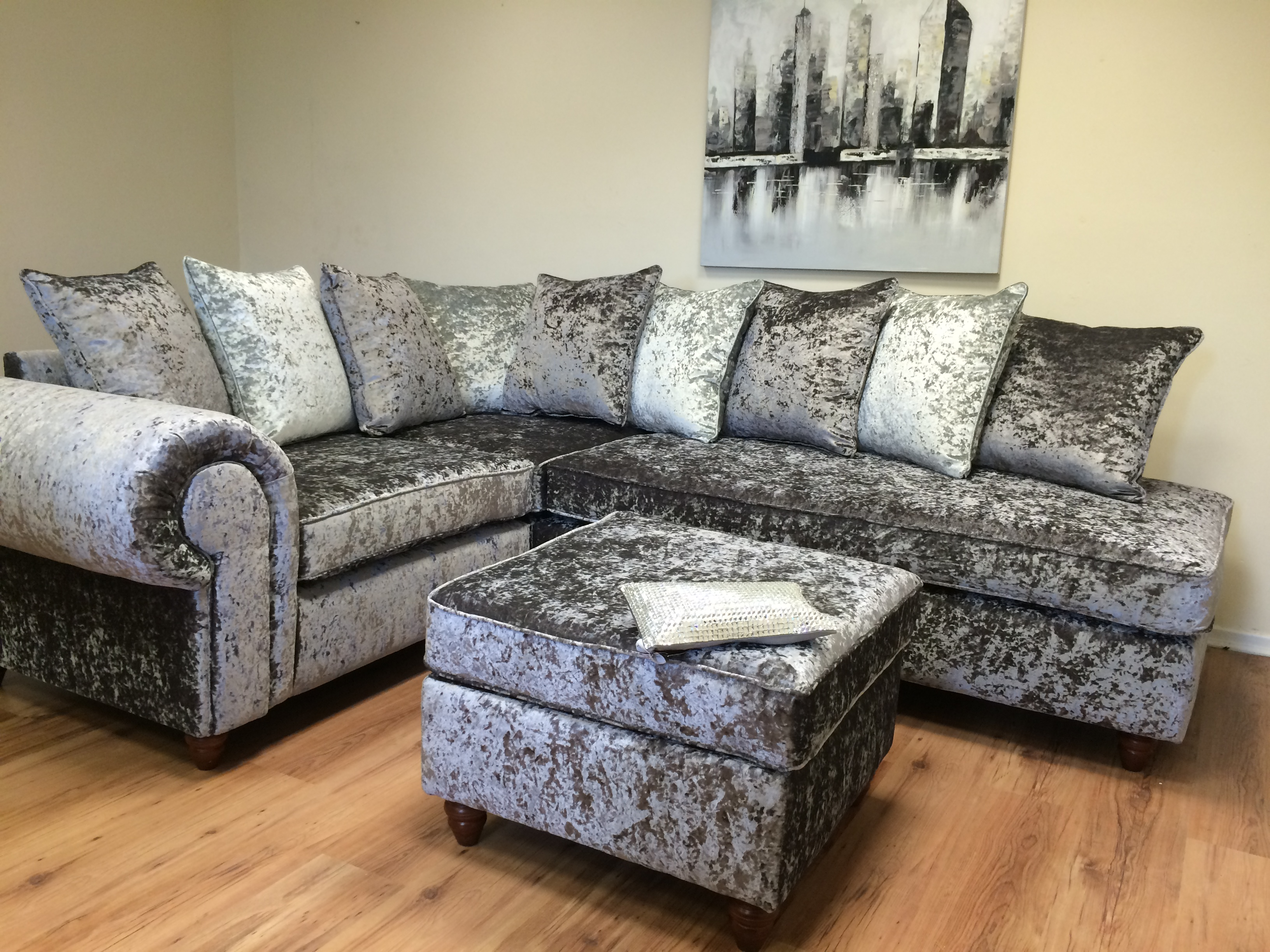 Chesterfield 2 Seater Sofa Images English