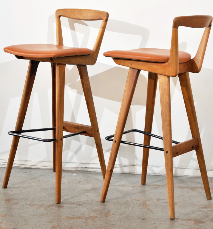 Cozy Henry Rosengren Hansen; Wood, Tubular Metal and Leather Bar Stools for wooden bar stool chairs