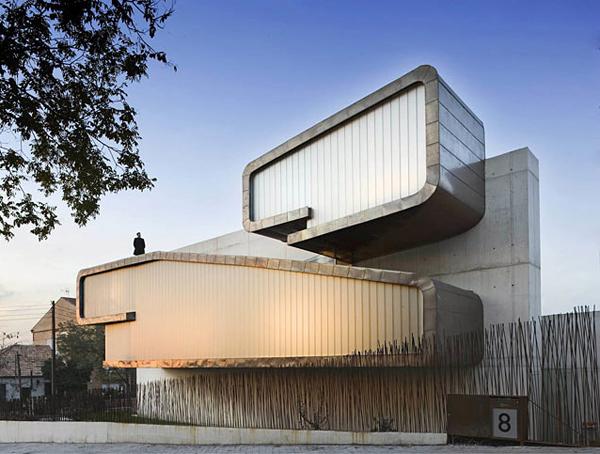 Elegant clip house 1 Copper Architecture copper exterior outlines sculptural architectural  design architecture exterior design