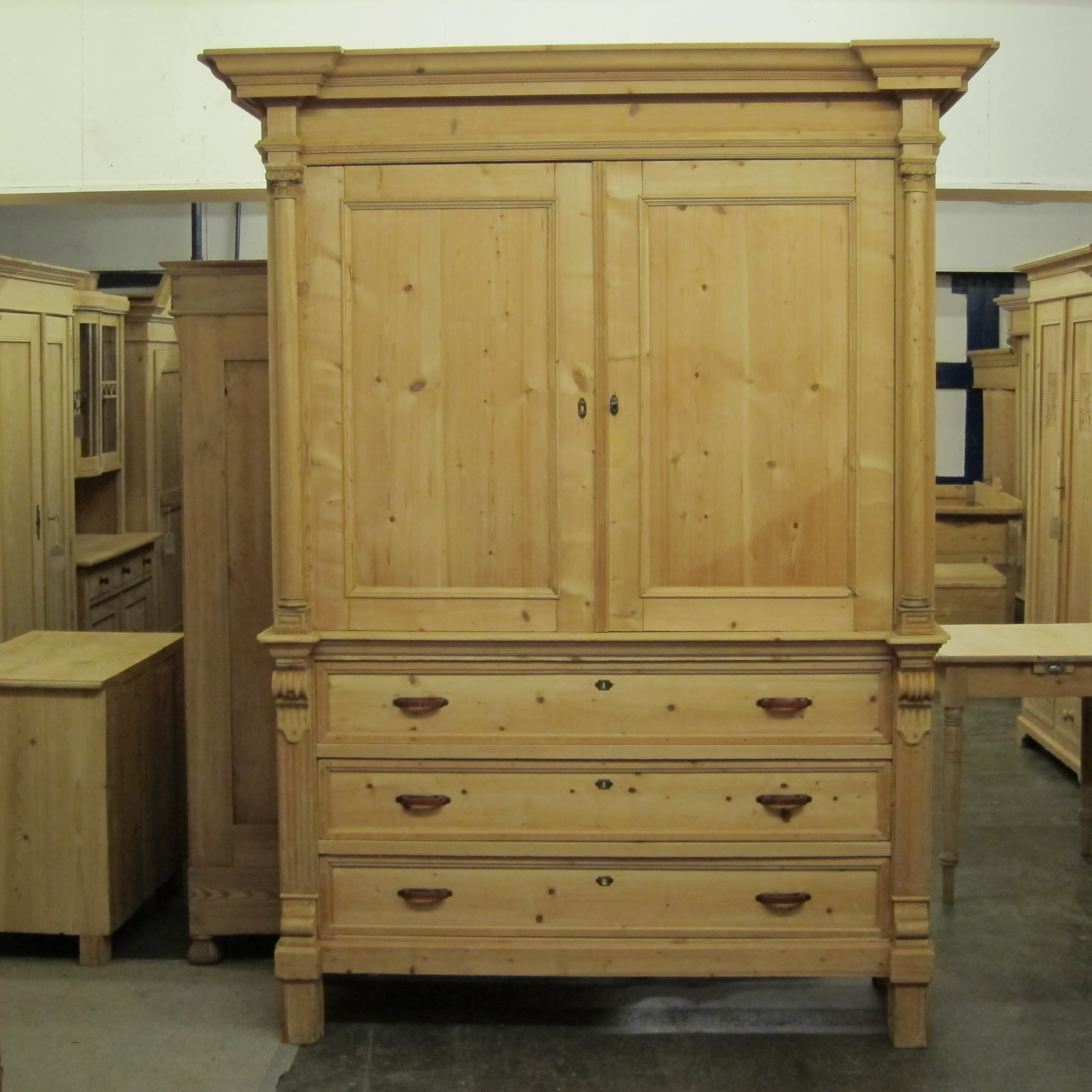 Elegant Very large antique pine linen press - Pinefinders Old Pine Furniture antique pine furniture