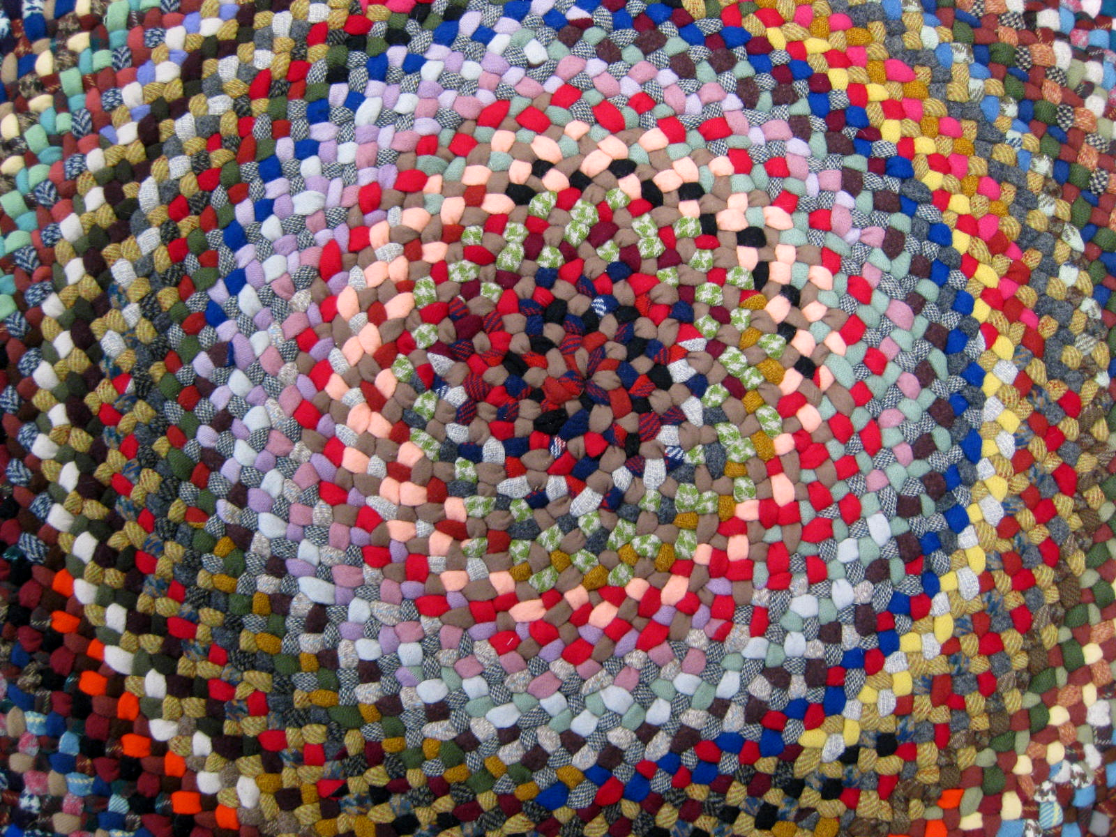 Images of 4u00275 round braided rugs