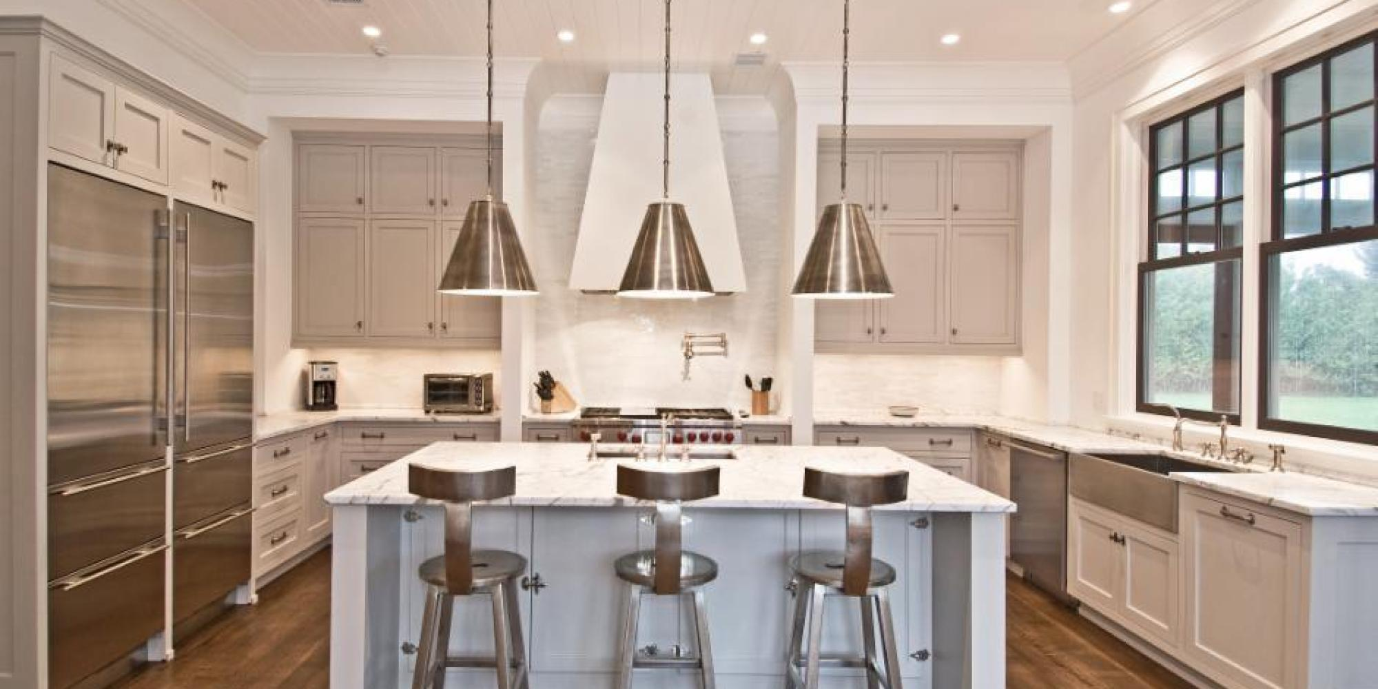 Images of The Best Paint Colors for Every Type of Kitchen | HuffPost kitchen paint colors with white cabinets