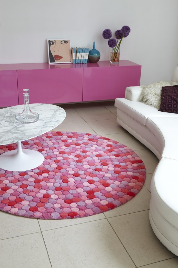 Images of This Round Dotty Rug. Pretty Pink Bedroom Rugs Pictures to Pin on Pinterest girls bedroom rugs
