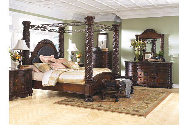 Cool large scale decorative pilasters and canopies create grand king beds and bedroom king size canopy bedroom sets