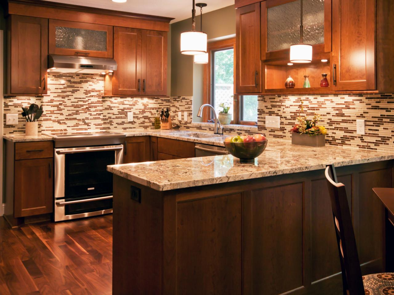Luxury Tags: kitchen counters and backsplash