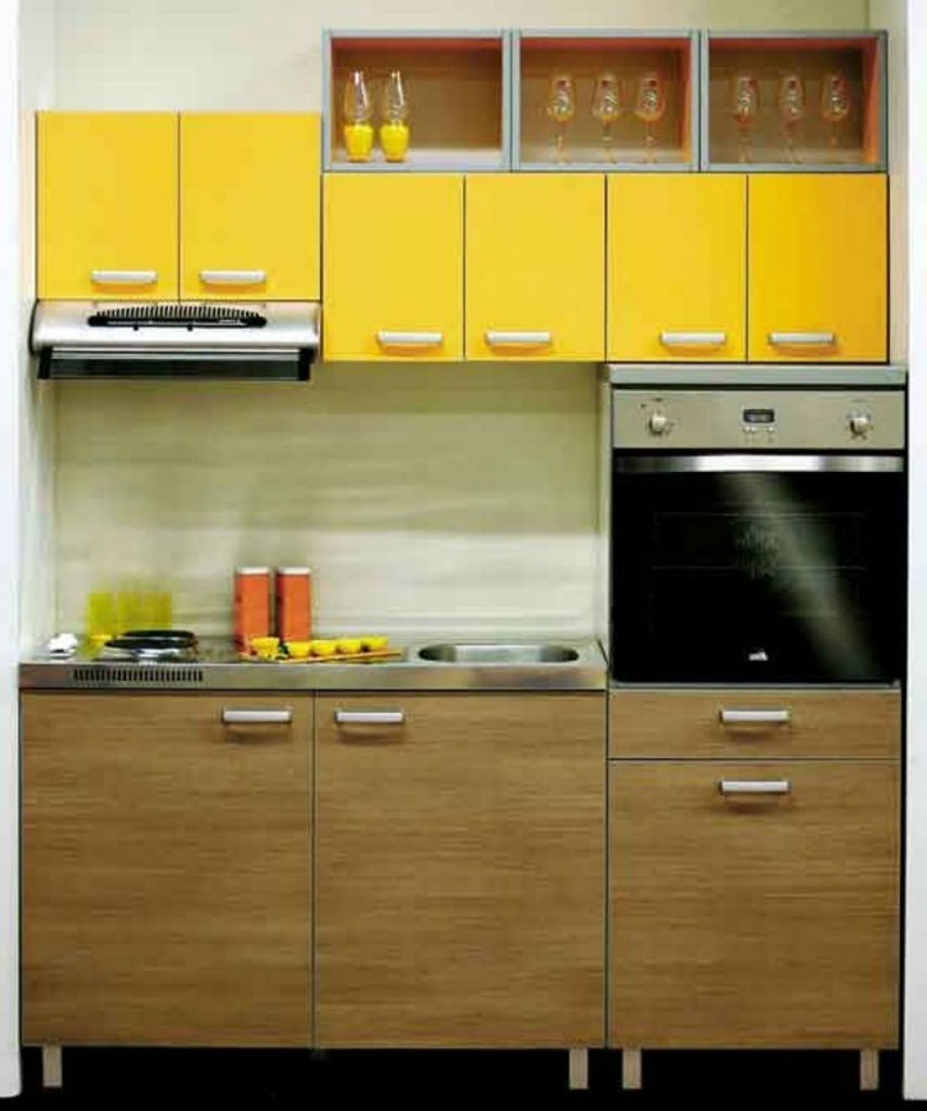 Get an attractive cooking area with modular kitchens for Kitchen cabinet design for small house