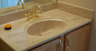 Master vanity sink and countertop before - Iu0027m Flying South featured on bathroom vanity tops with sink