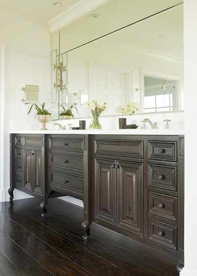 Modern Traditional Bathroom Traditional Bathroom. Furniture-style legs: This vanity  ... furniture style bathroom vanity