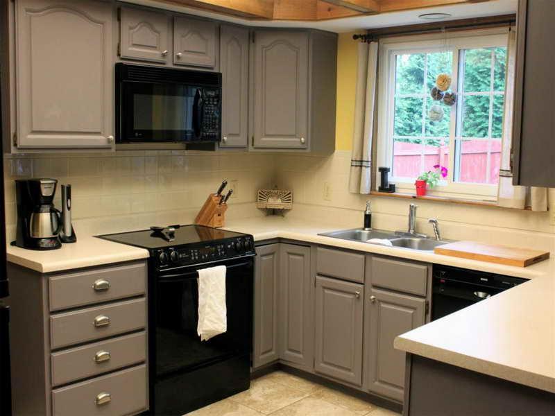 Popular Cabinet Paint Colors . Painting Kitchen Cabinets Ideas ... paint color ideas for kitchen cabinets
