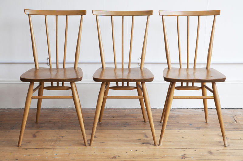 Creating A Classic Look With The Vintage Dining Chairs