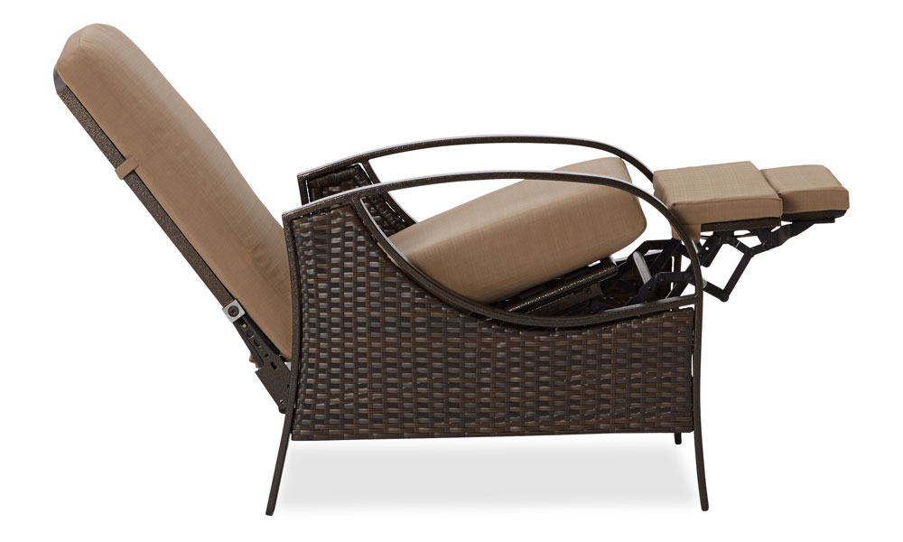 Popular Strathwood garden furniture recliners