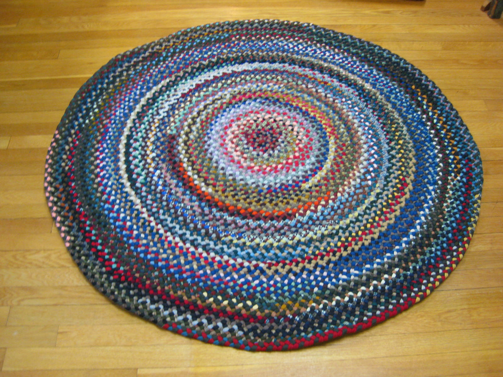 Luxury 4u00275 round braided rugs
