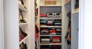 Amazing small-walk-in-closet-design-solutions-idea-pictures small walk in closet ideas