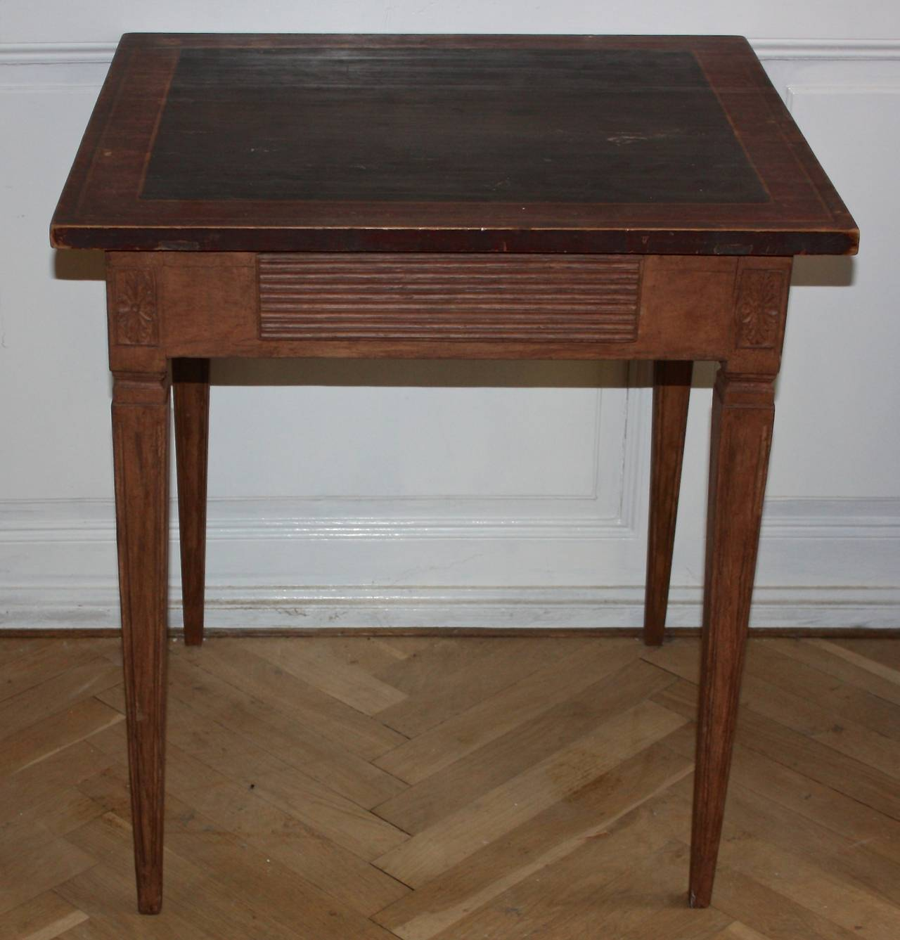 Luxury 19th Century Gustavian Side Table Or Small Writing Desk 2