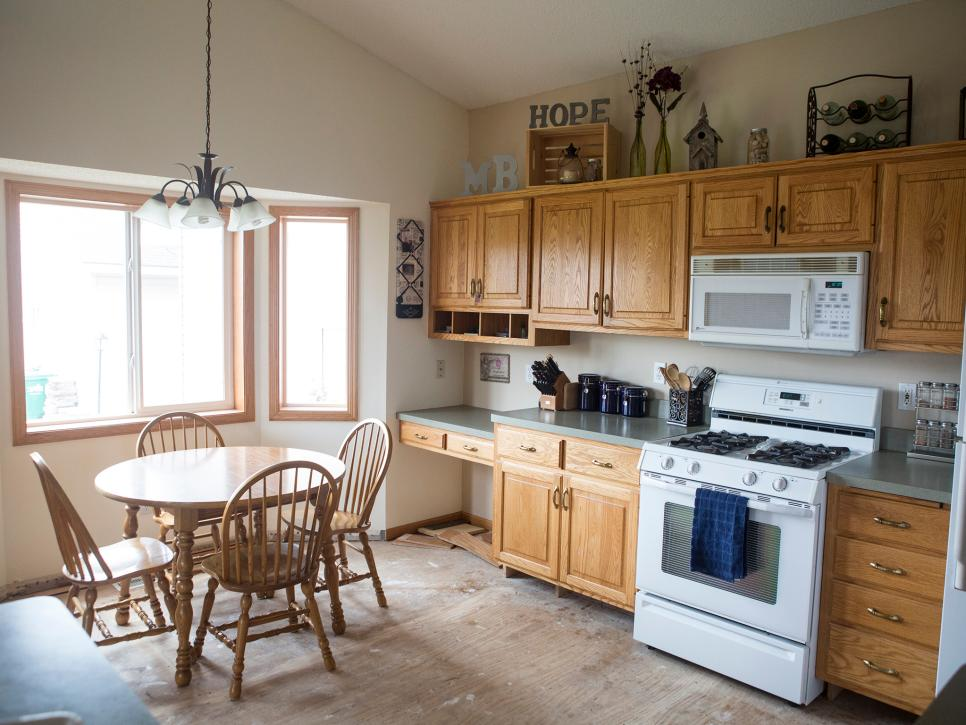 Stunning 20 Small Kitchen Makeovers by HGTV Hosts   HGTV small kitchen remodel ideas