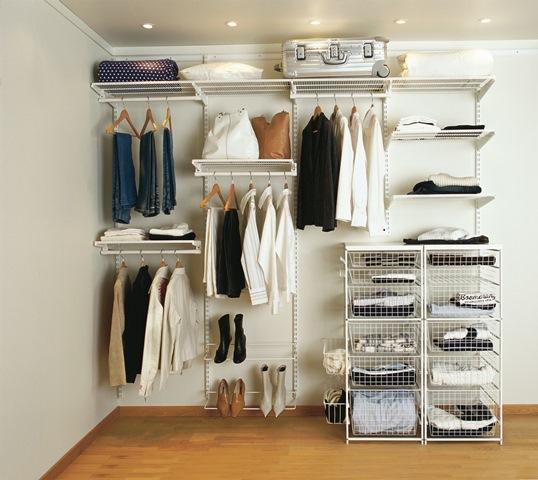 Stunning Guest bedroom/gym - mirrored wardrobe BISMARK Tisettanta | Lotto Max Dream  House open wardrobe system