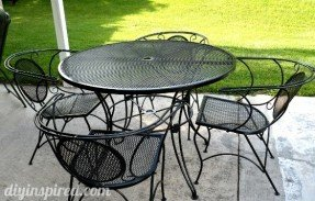 Stylish Repainting metal patio furniture via blog: 1)use wire brush/sandpaper to metal patio table