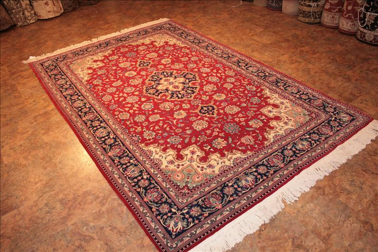 Amazing 413 Sino Persian rugs - This Traditional rug is approx imately 6 feet traditional oriental rugs