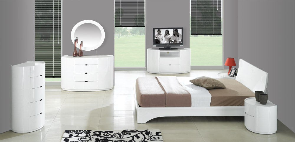 White high gloss bedroom furniture white high gloss for High gloss bedroom furniture