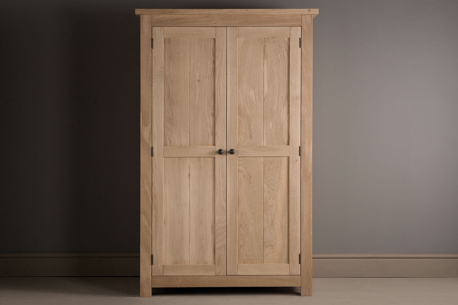 alderman oak wardrobe LPRTRQY